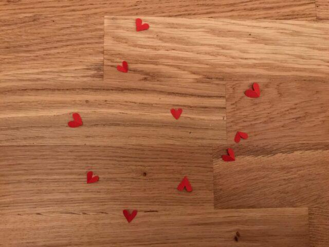 En skrivuppgift för årskurs 1-3 om kärlek av Kim Sjöberg